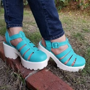 Shoes - Blue 90's Grunge Look Chunky Summer Shoes